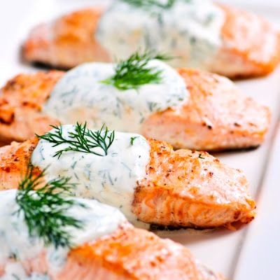 Baked Salmon with Dill Sauce @keyingredient