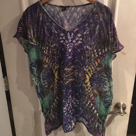 H&M cover up Size small mint condition H&M Swim Coverups