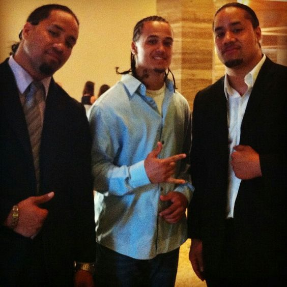 Cool picture of brothers Lloyd Anoa'i and Samu Anoa'i, with Sam's ...