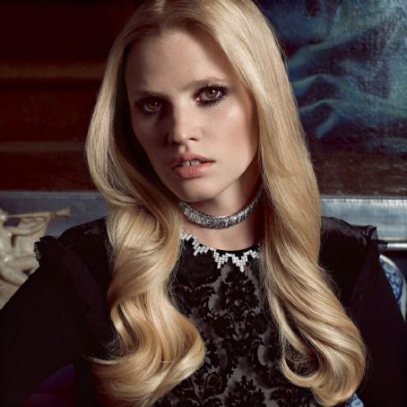 Lara Stone - Vogue Paris November 2015