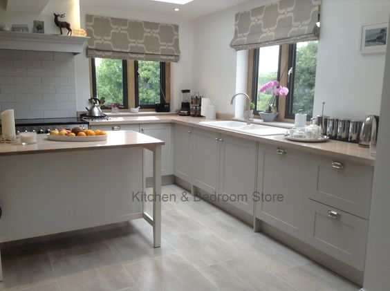 Painted shaker style kitchen with a modern country feel for Country style kitchen blinds