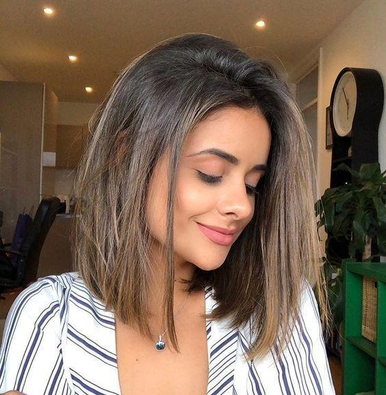 25 Cute Hairstyles For Medium Length Straight Hair In 2019