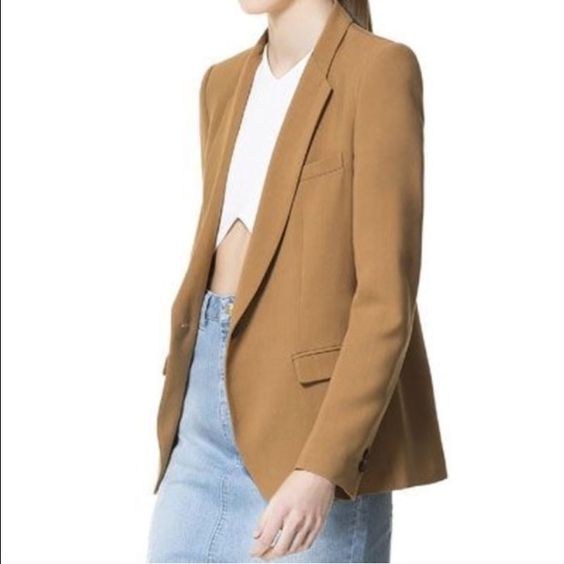 Zara blazer Purchased from a fellow posher and never worn. Size is listed as a US 4 but definitely fits like an 8 so it's way too big for me :( Also the coloring is a bit darker than the stock photo. Otherwise it's in perfect condition!!! Zara Jackets & Coats Blazers