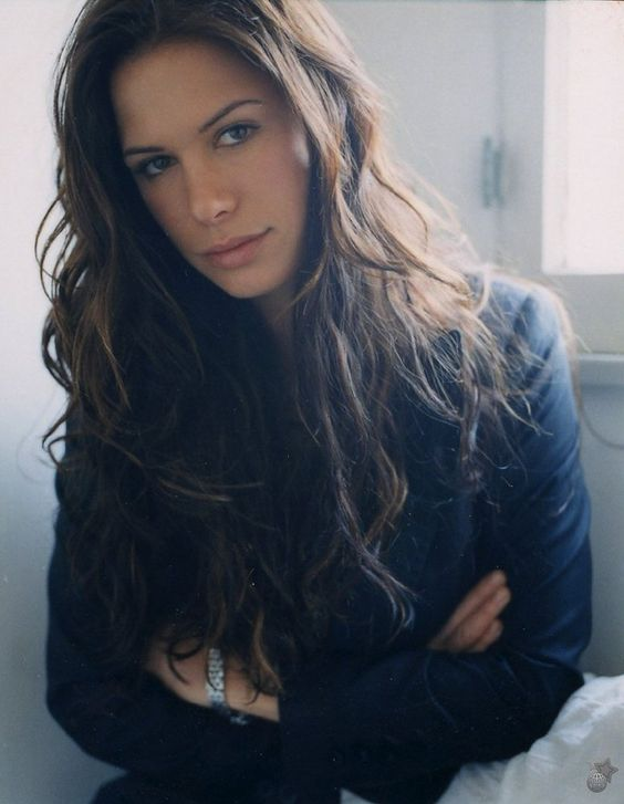 "Rhona Mitra - from monterey's ""Reuniting the Rubins"""