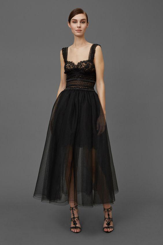 Marchesa, Look #8 Encontro perfeito entre delicadeza, sensualidade e força.