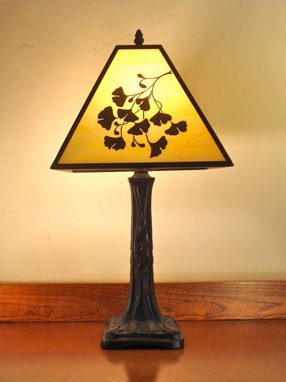craftsman style table lamp with glass gingko design by. Black Bedroom Furniture Sets. Home Design Ideas