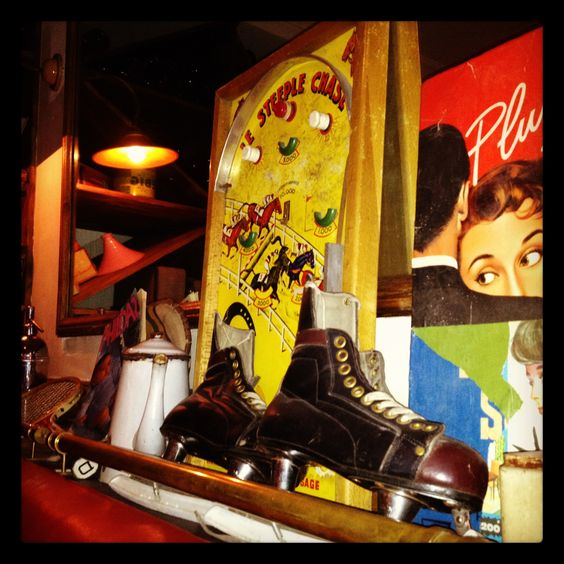 Les Puces des Batignolles  110 rue Legendre Paris FRANCE 01 42 26 62 26  and 01 42 26 09 09  A traditional french restaurant with a vintage atmosphere.  Un petit resto français tradi avec une atmosphere brocante chaleureuse.