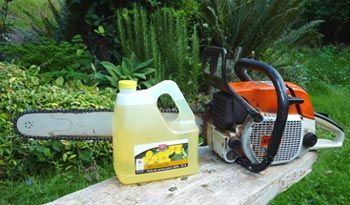 Using vegetable oil in chainsaws - a bit of a tutorial...