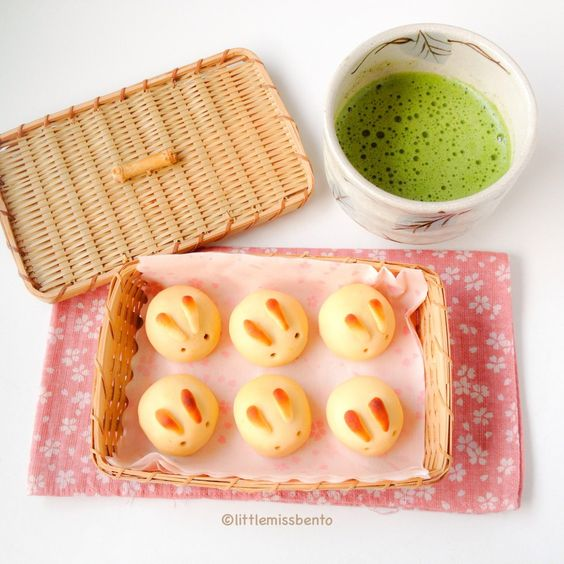 bentomamacat:  うさぎ和菓子月餅 ♡♡♡♡♡