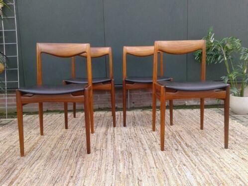Scandinavische Design Stoelen.4 Gave Eetkamerstoelen Uit De Fifties Sixties Bekleed Met Een