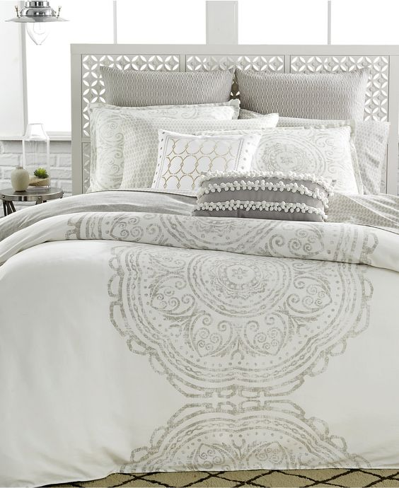 Bring A Relaxed Feel To The Bedroom The Token Bedding Collection Blends Soothing Design With