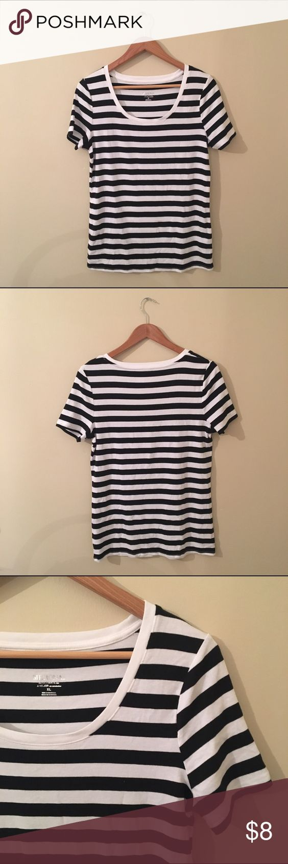 Merona Striped Tee Who doesn't need a super cute striped tee in their closet?! This adorable tee comes in an extra large and plenty of stretch. Perfect for pairing with some ankle booties and a slouchy cardigan! NWOT Merona Tops Tees - Short Sleeve