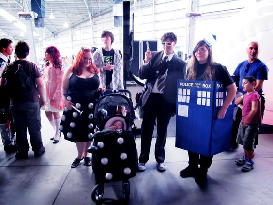 doctorwho:    Tenth Doctor, TARDIS, Dalek and Baby Dalek Cosplay at Supanova Melbourne  sympatheia:      Supanova Melbourne 14 - 15 April 2012 (x)