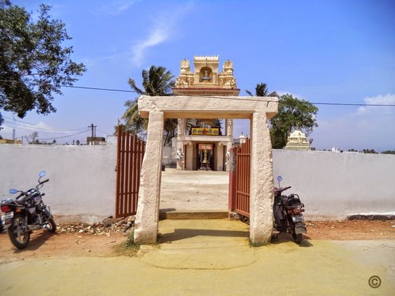 Vellalore: Theneeswarar Temple Entrance. Temple, Culture ...