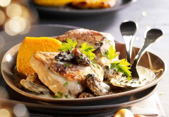 Le chapon sauce aux morilles, flan de potironMettez un peu de couleur dans votre plat de fête avec le potiron, légume de saison.Lire la recette du chapon, sauce aux morilles flan de potiron
