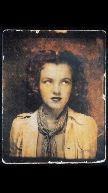 Norma Jeane Baker (MM)