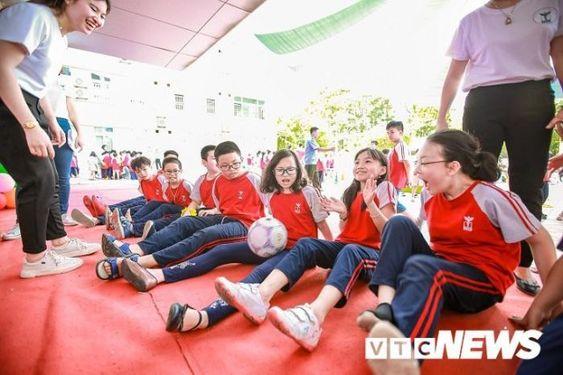 Áo cờ đỏ sao vàng trường tiểu học CGD Victory Hà Nội - Hình 3