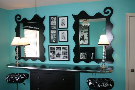 Beauty bar bar and hello gorgeous on pinterest for Mirrors for teenage rooms