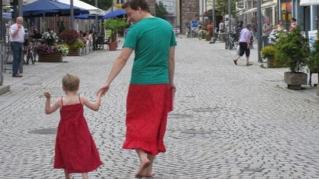 Awesome Dad Rocks a Skirt in Support of His Dress-Loving Son
