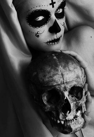 Skull by mizsmith