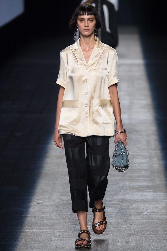 Alexander Wang Spring 2016 Ready-to-Wear Fashion Show:
