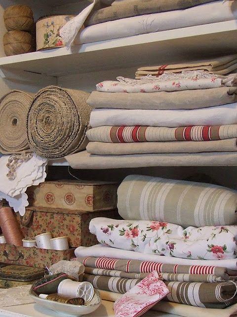 beautiful linens...