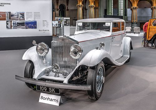Rolls Royce Phantom II 1934 Maintenance/restoration of old/vintage vehicles: the material for new cogs/casters/gears/pads could be cast polyamide which I (Cast polyamide) can produce. My contact: tatjana.alic@windowslive.com