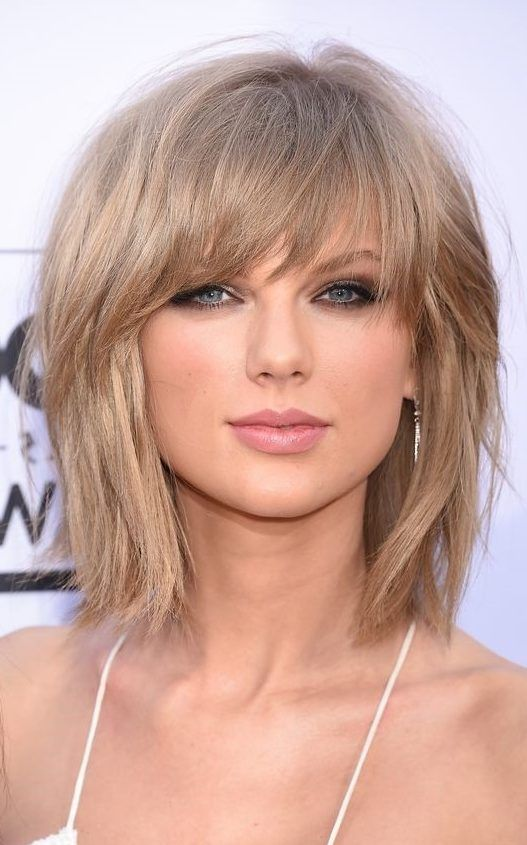50 Latest Short Haircuts For 2019 Get Your Hairstyle Inspiration For Summer With Hairstyle Taylor Swift Hair Color Taylor Swift Haircut Medium Hair Styles