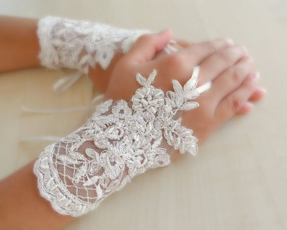 bridal Gloves ivory lace gloves collarSparkling by WEDDINGHome, ...Really pretty. Just caught my eye!