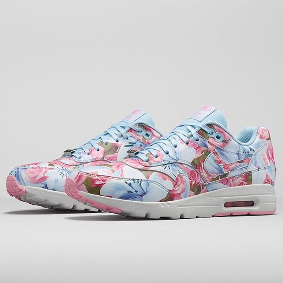 """Floral fun with the Air Max 1. The ladies have six to pick from!  Get a detailed look at the Air Max 1 Ultra Moire ""City"" Collection on sneakernews.com"""