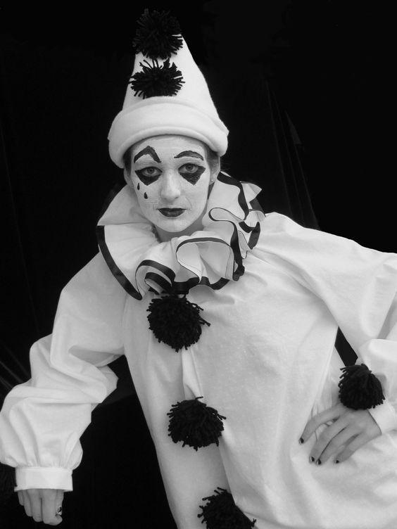 pierrot | Costume, Adult, Authentic Pierrot, Halloween Mardi Gras Theater ...