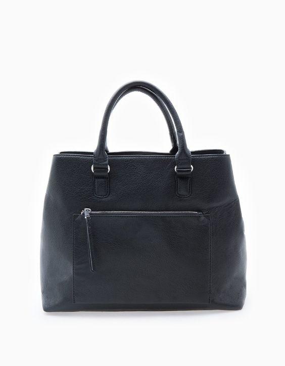 Tasche mit Struktur und Fächern