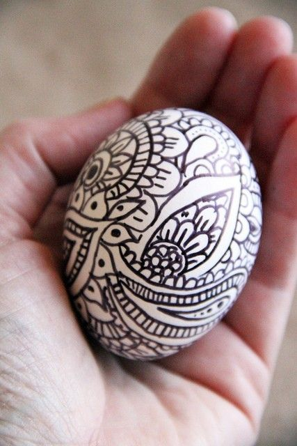 easter sharpie doodle decorated eggs...