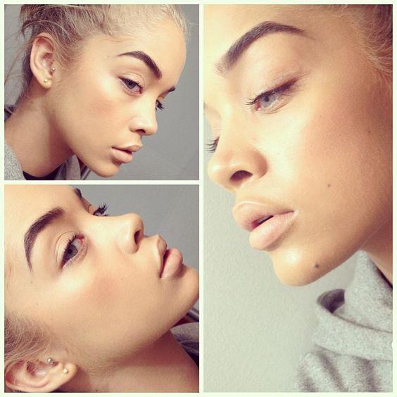 Jasmine Sanders @golden_barbie Instagram photos | Webstagram