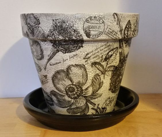 handmade decoupage terra cotta clay flower pot black  u0026 white floral crackle look 8 25 u0026quot