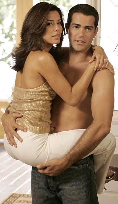 Desparate Housewives Season ??... Jesse Metcalfe and Eva Longoria