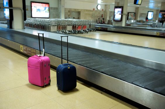 American Airlines launches live baggage tracking service. #americanairlines #baggagetracking