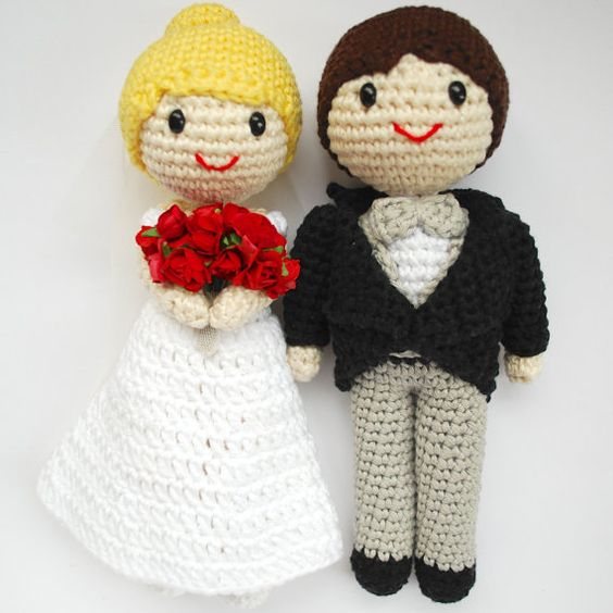 Amigurumi Free Pattern Couple : Amigurumi wedding couple. Bride and groom cake topper ...