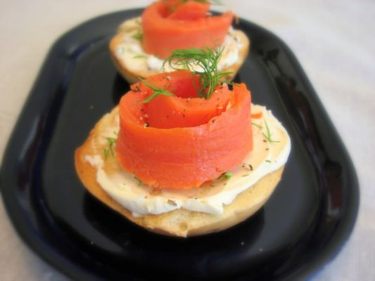 lox dilled cream cheese on mini bagel