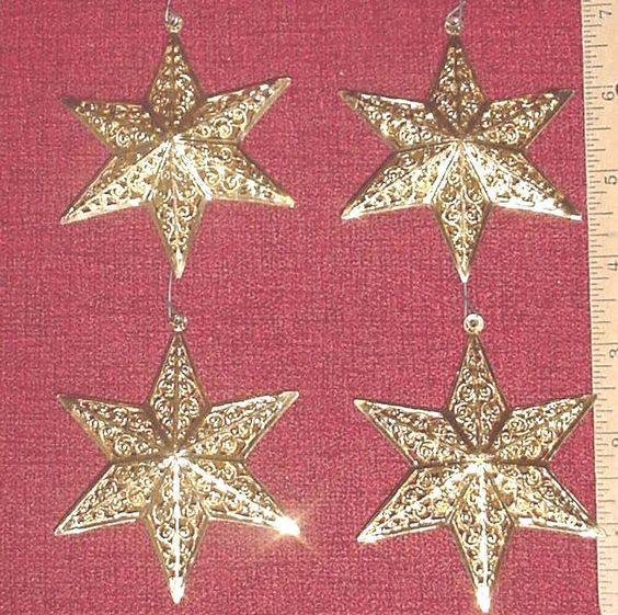 Vintge Gold Metal Filigree 6 Point Star Xmas Tree Wreath