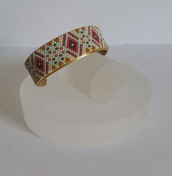 Bracelet manchette bijou tissé perles miyuki motif par izbulle