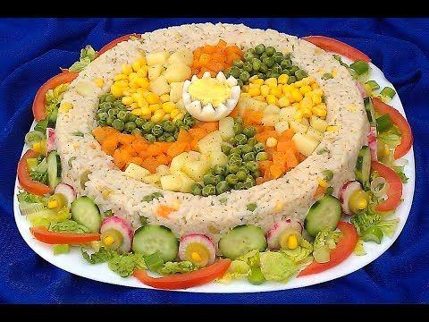 سلطة روايال عراضة مغربية فخمة من ايادي اروع اليوتوبرز المغربيات Youtube Moroccan Food Food Decoration Soup And Salad