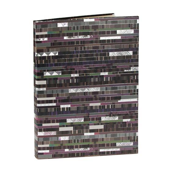 Notizbuch Factum in DIN A5 Einband: Naturpapier mit Silberprägung und Relief / 256 chamois Seiten, blanko / Größe: 15 x 21 cm