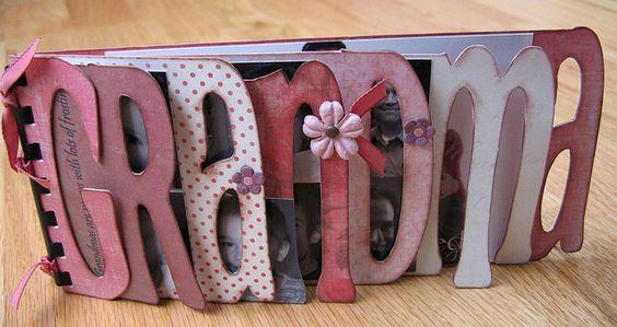 DIY mini photo album for Grandma. Mother's Day present?
