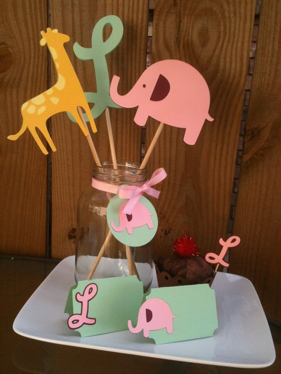 girl baby shower themes giraffes   baby shower decorations, Baby shower invitation