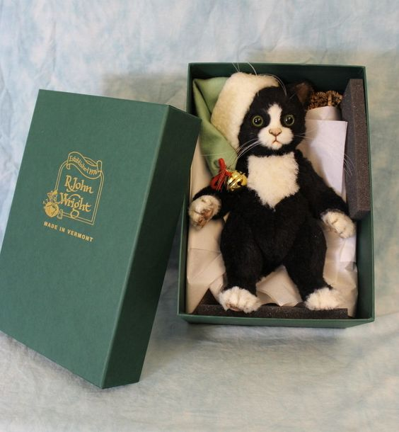 """8"""" R. John Wright Jingles Christmas Cat Mint in Box Number 80 Limited 250 Pieces"""