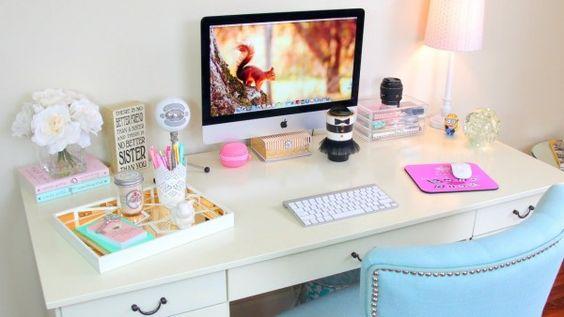 Come tenere in ordine la scrivania #Escrivaninha #HomeOffice #MJ http://mundodemj.blogspot.com.br/2015/12/escrivaninhas-e-home-office.html