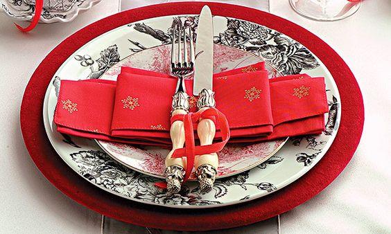 Pratos, talheres, taças e guardanapos para servir com estilo na ceia de Natal - Casa - MdeMulher - Ed. Abril