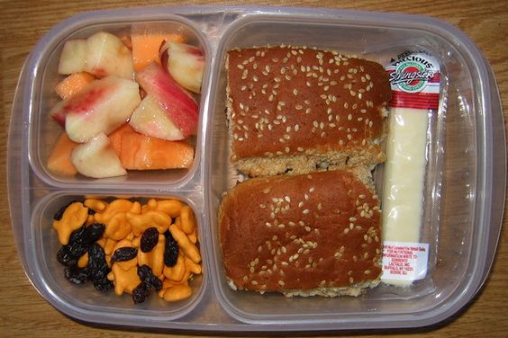 tons of on the go/kids lunches