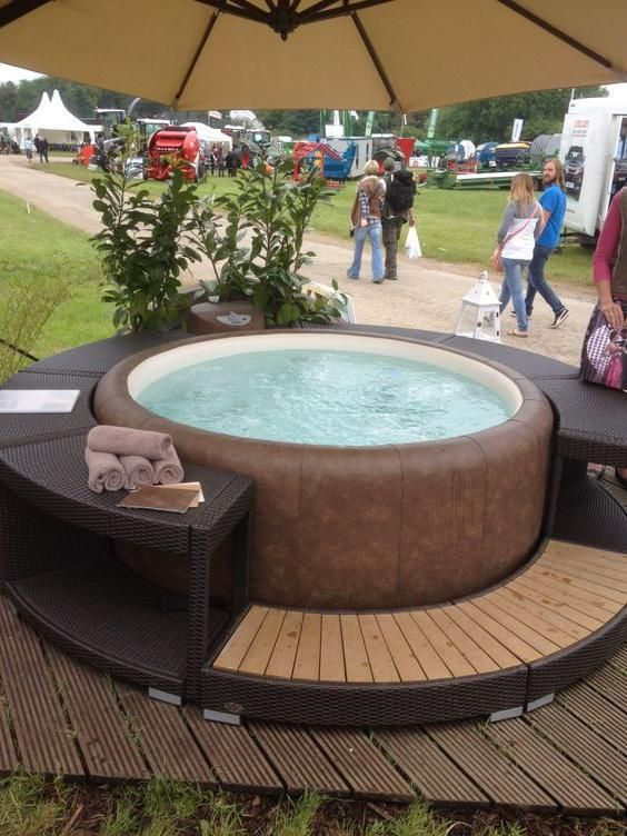 Pin By Richard On Jaccuzi In 2020 Hot Tub Garden Hot Tub Patio